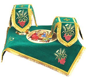 Embroidered chalice covers (veils) - Pentecost