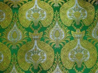 Domes metallic brocade (green/gold)