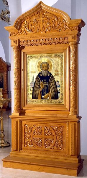 Church kiots: Balaam carved icon case (kiot)