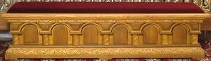 Church furniture: Church pew