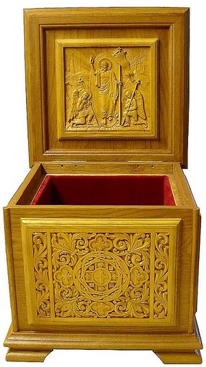 Church furniture: Carved reliquary - 3