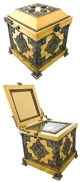Jewelry reliquary - M19