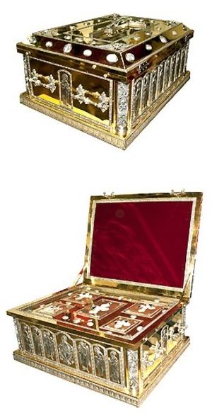 Jewelry reliquary - M28