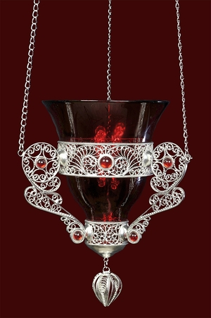 Vigil lamps: Filigree oil lamp no.20
