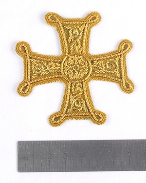 "Hand-embroidered cross D120 - 2.7"" (7 cm)"