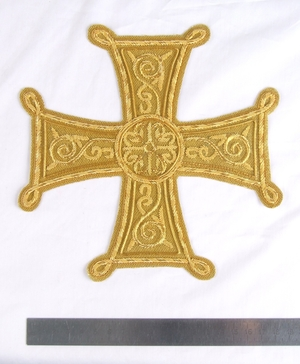 "Hand-embroidered cross D128 - 6.7"" (17 cm)"