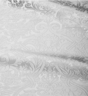 Damask metallic brocade (white/silver)