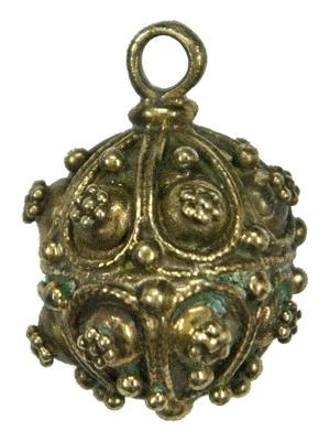 Ancient button - 5
