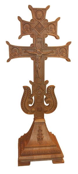 Standing cross no.34