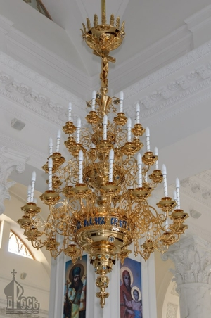 Church chandelier no.R1 (37 candles)