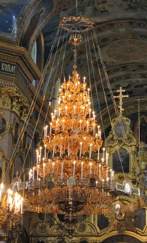 Church chandelier no.R1 (121 candles)