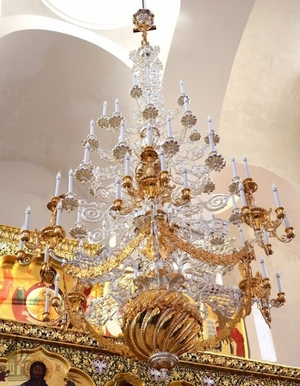 Church chandelier no.R2 (60 candles)